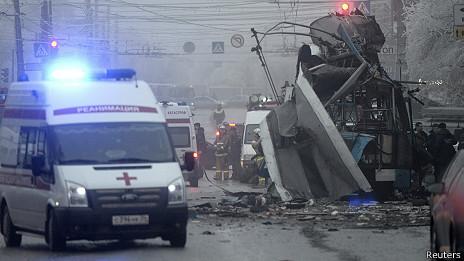 СКР: троллейбус в Волгограде подорвал смертник
