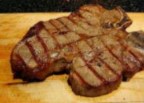 Авокадо поможет снизить вред от жирного мяса