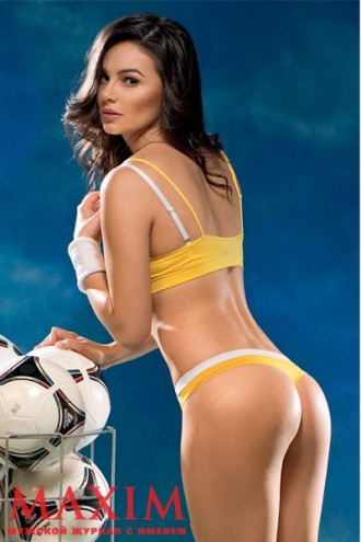 samaya-seksualnaya-zheni-futbolistov