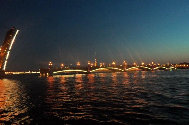 здорово, ночная экскурсия по санкт петербургу мосты поделки